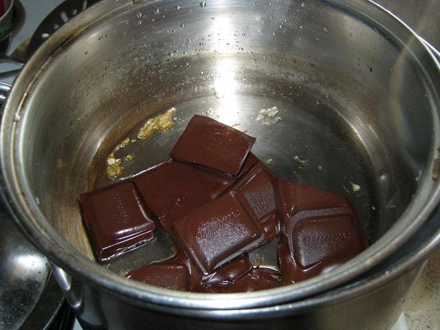 Tort mini (4-6 portii) cu fructe, piscoturi si iaurt (5/6)