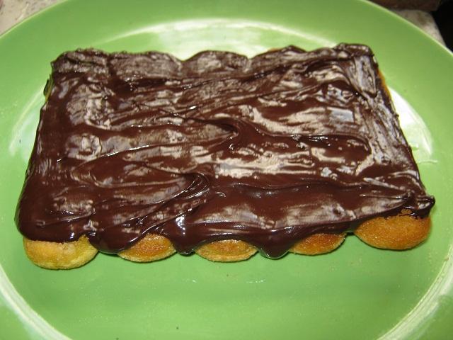 Tort mini (4-6 portii) cu fructe, piscoturi si iaurt (6/6)