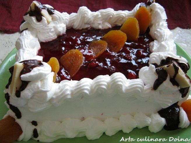 Tort mini (4-6 portii) cu fructe, piscoturi si iaurt (1/6)