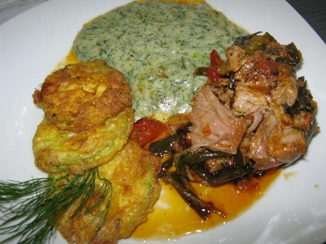 Ce am gatit azi - Friptura inabusita cu dovlecei pane si sos de marar (02.07.2012) (1/2)